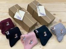 Calcetines de algodón en caja de regalo