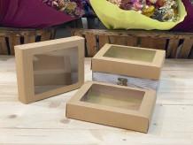 Caja rectangular ventanilla