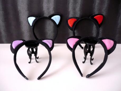Diadema con orejas de gato